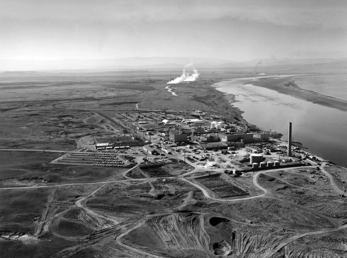 Hanford_N_Reactor_adjusted-1